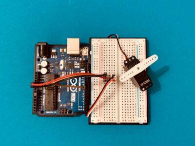 Servo am Arduino anschließen und verwenden
